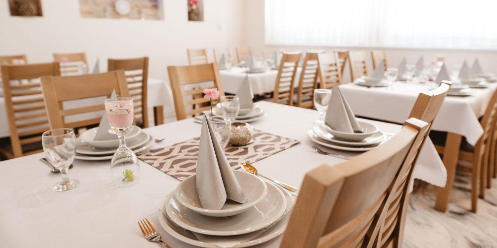 Reštaurácia Vera Trebišov